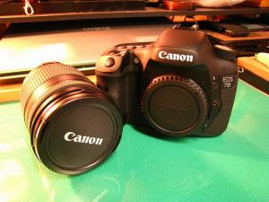 2010.3.、「キャノン EOS7D、EF-S 18-200ISキット」、6、