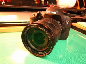 2010.3.、「キャノン EOS7D、EF-S 18-200ISキット」、7、