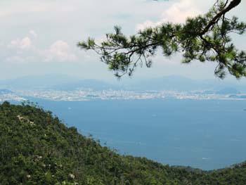 広島市を望む