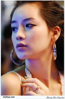 Im_Ji_Hye_-_Korean_Model_and_Race_Queen_(5).jpg