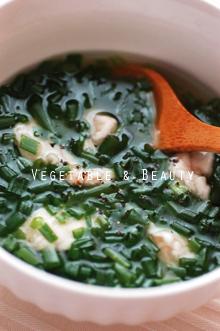 カロテンたっぷり!博多万能ねぎとささみのスープ