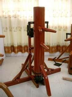 段弓式自立型木人樁
