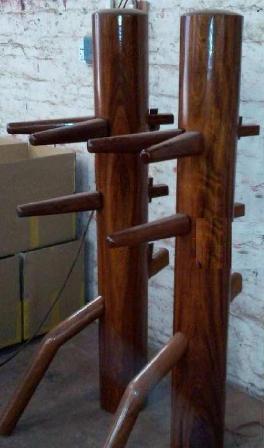 直立式床付型木人樁