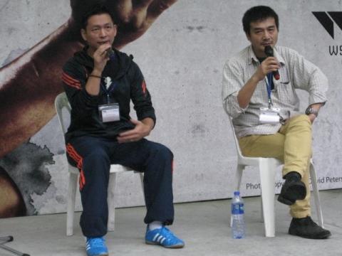 李恆昌師傳(右)と通訳のマーク・ウォン師叔