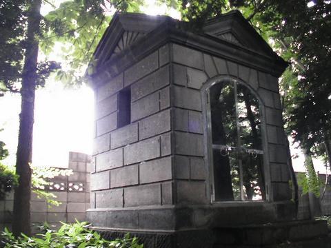 札幌旧琴似小学校奉安殿