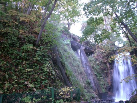 定山渓白糸の滝②