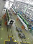 福岡市地下鉄橋下車両基地工場内(分解して検査する場所)
