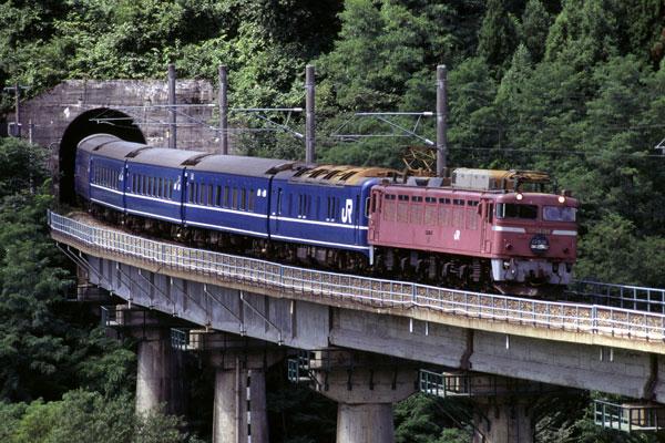 日本海3号EF81
