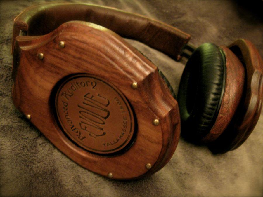 SteampunkHeadphones_01.jpg