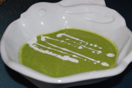 1ホウレンソウの冷製スープ