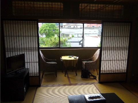 京都屋部屋1