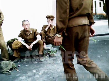 北朝鮮兵士