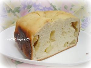 20101219フェンネルとリンゴのパン 早焼き
