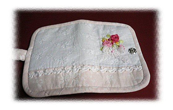 リボン刺繍カードケース3