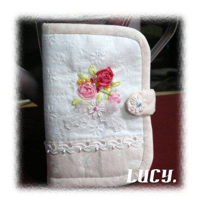 リボン刺繍カードケース1
