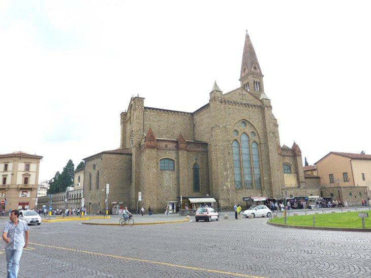 ノヴェッラ教会4P1130356