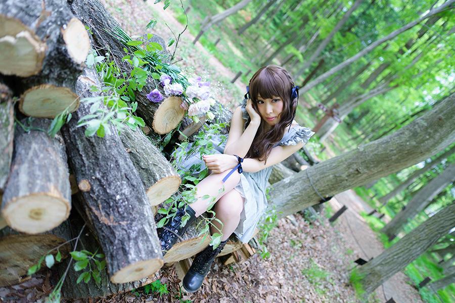 ForestGirl_07.jpg