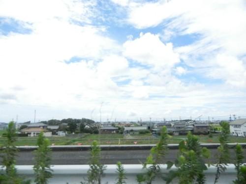 朝小雨でしたが昼頃には晴れました。