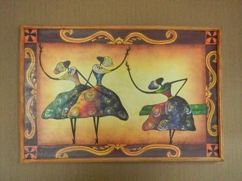 旅館に飾ってあった絵画です。シックな感じで素敵でしたよ。