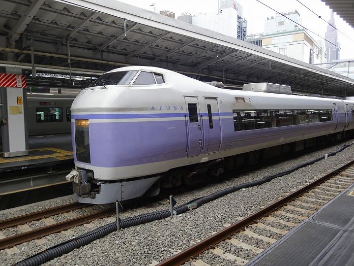 新宿駅あずさ00