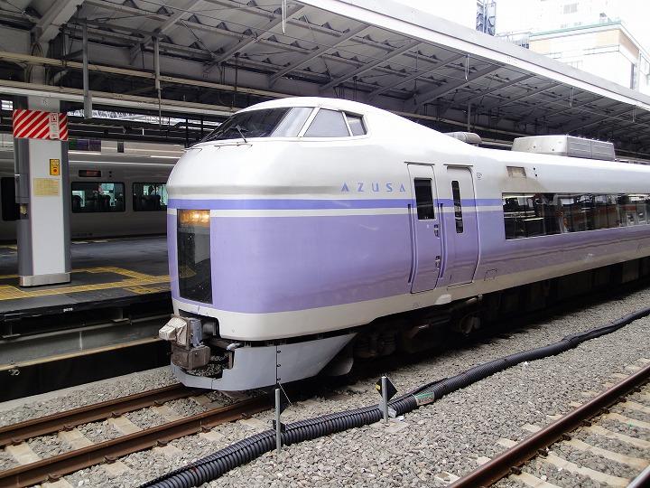 新宿駅あずさ01
