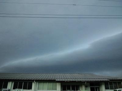 怪しい雲 (4)
