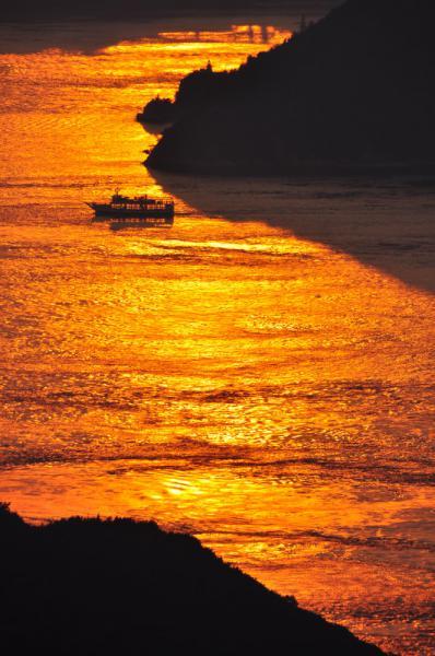 燃える海峡11.10.08