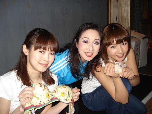 10_20120512011209.jpg
