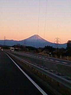 11/21 中央道から望む富士