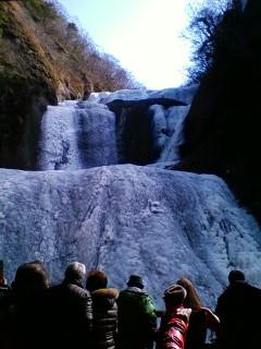 まさに「氷瀑の袋田の滝」!!