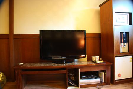 大画面テレビ