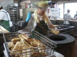 阜杭豆漿の工場