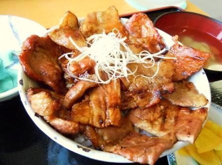 あつま豚丼