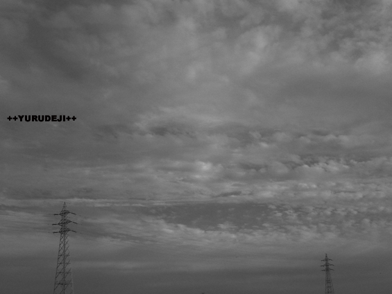 yurudeji_空と鉄塔