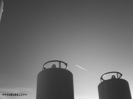 yurudeji_飛行機雲