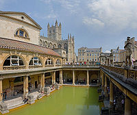 200px-Roman_Baths_in_Bath_Spa,_England_-_July_2006_edit3