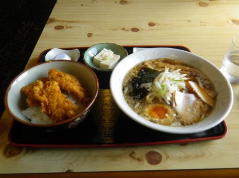 特製ラーメン タレカツ丼