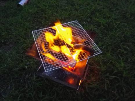 紫雲寺記念公園キャンプ場 焚火