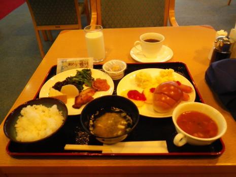 ファミリーオ佐渡相川 朝食