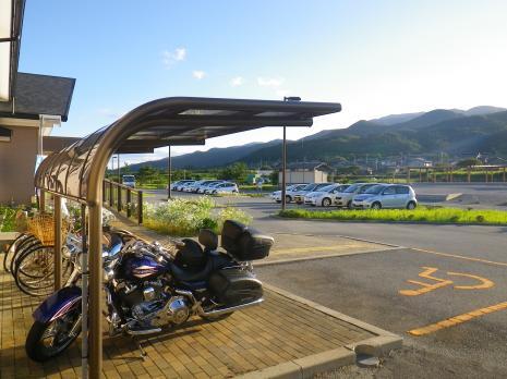 ファミリーオ佐渡相川 駐車場