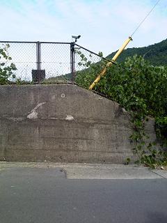 塩野浄水場脇監視カメラ