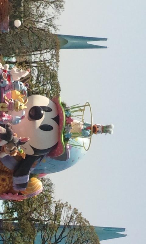 最初は、イースターパレード鑑賞♪