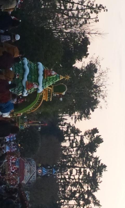 サンタヴィレッジ・パレードも観れたし。。。