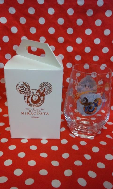 ミラコスタ10thアニバーサリーのコレクタブルグラス