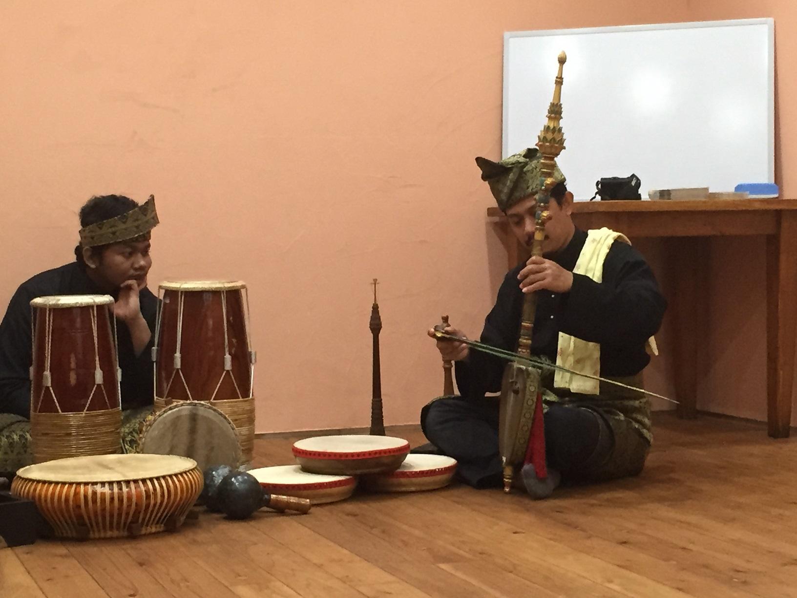 マレーシア音楽のワークショップ
