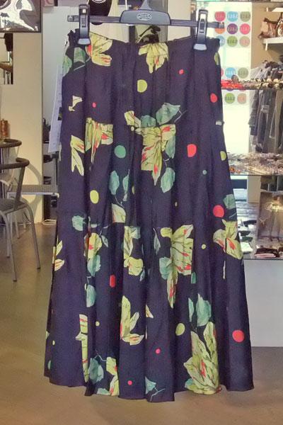 スーパーボイスのバラのプリントのティアードスカート