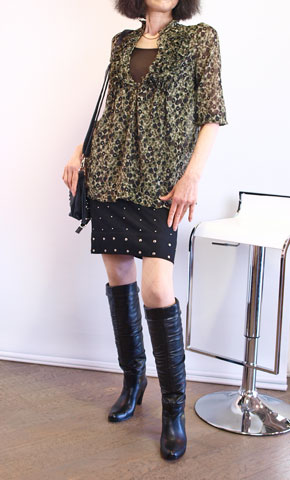 mur,e coeur・ミュールクールのスタッズ付きのスカート