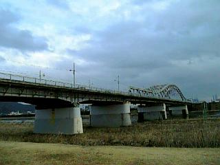 長良川沿い徒歩通勤_忠節橋_01