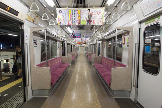 20110827_tokyo_metro_6000-in01.jpg