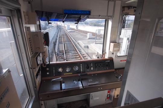 20120204_osaka_subway_20-cab01.jpg